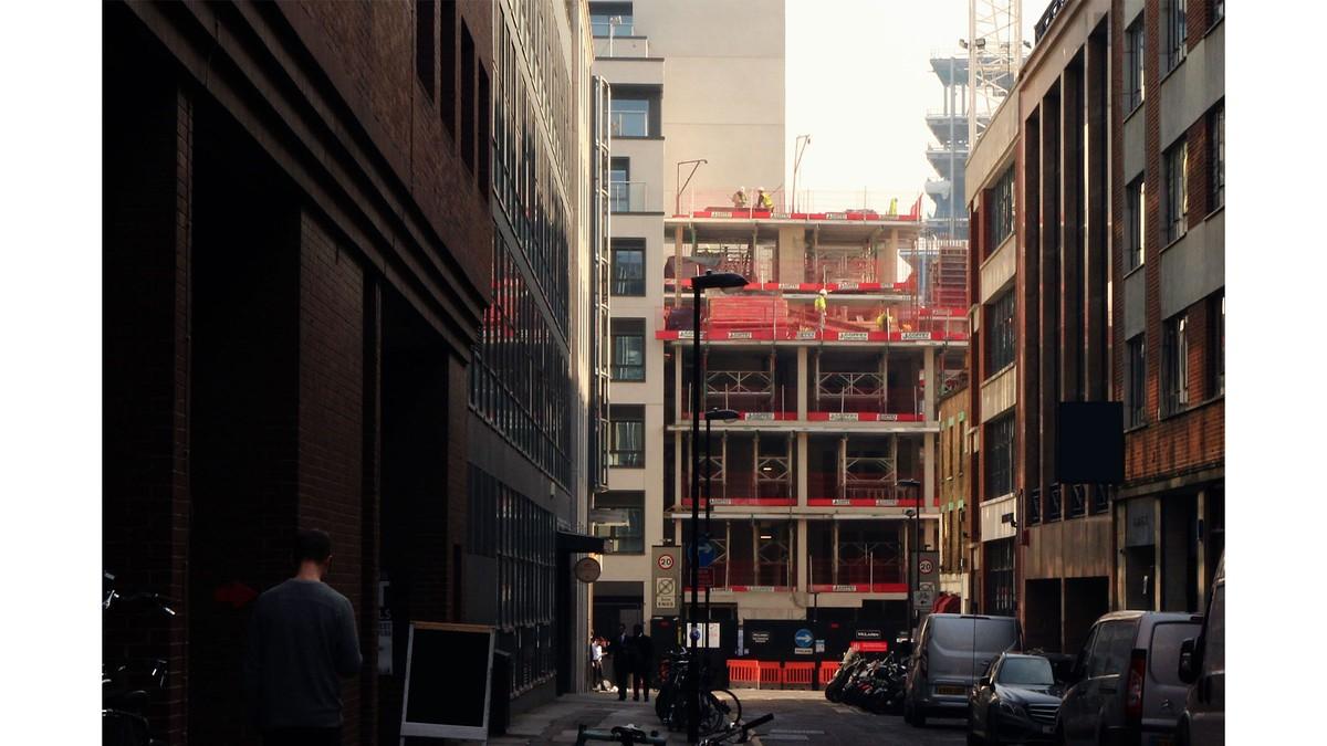 10 Paul Street 3