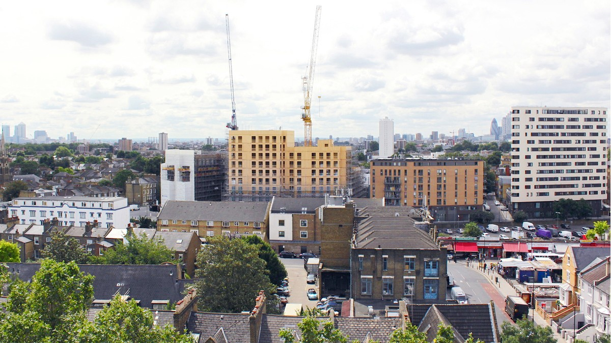 Dalston Lane topped out 2